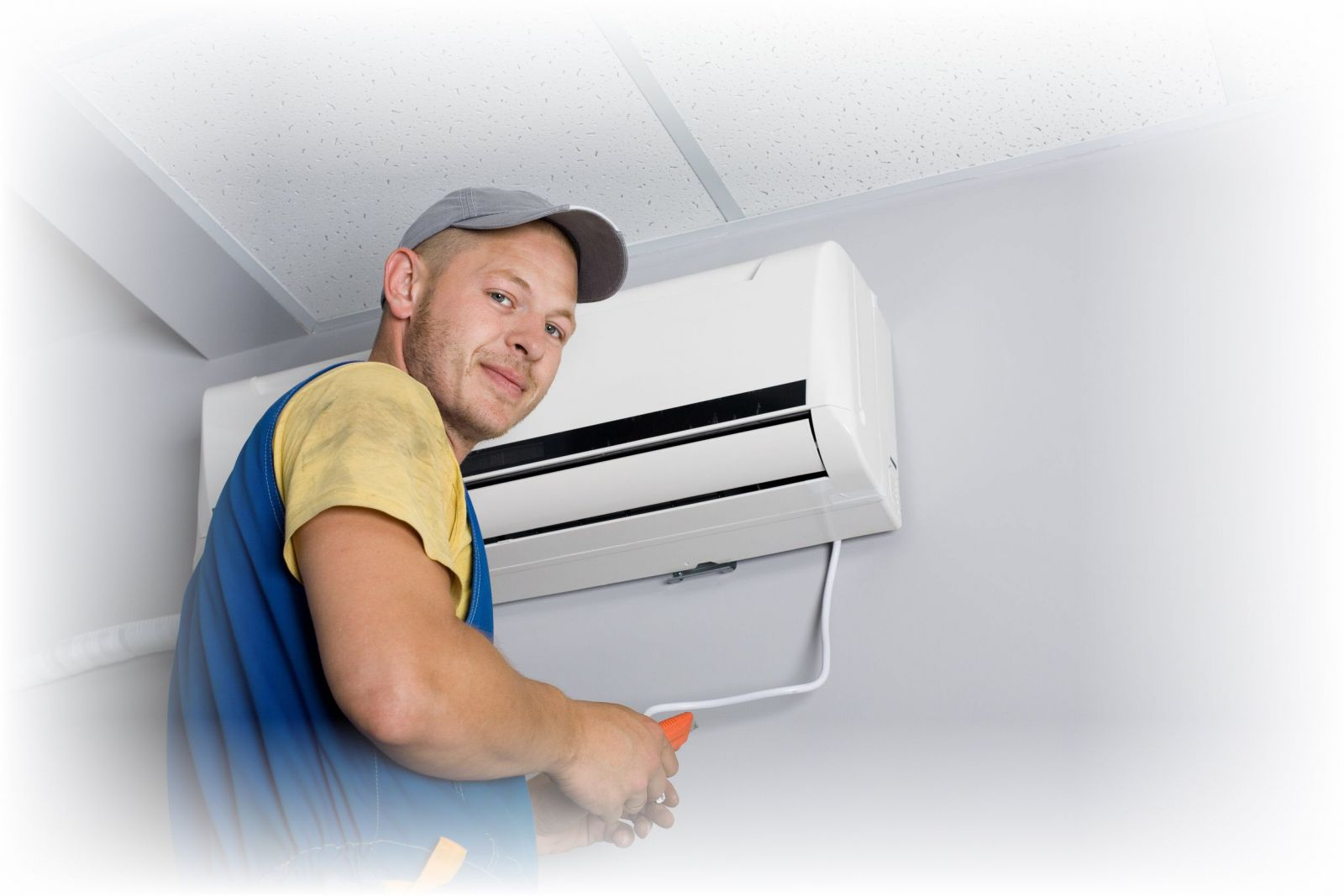 Khi nào thì chúng ta nên vệ sinh máy lạnh?