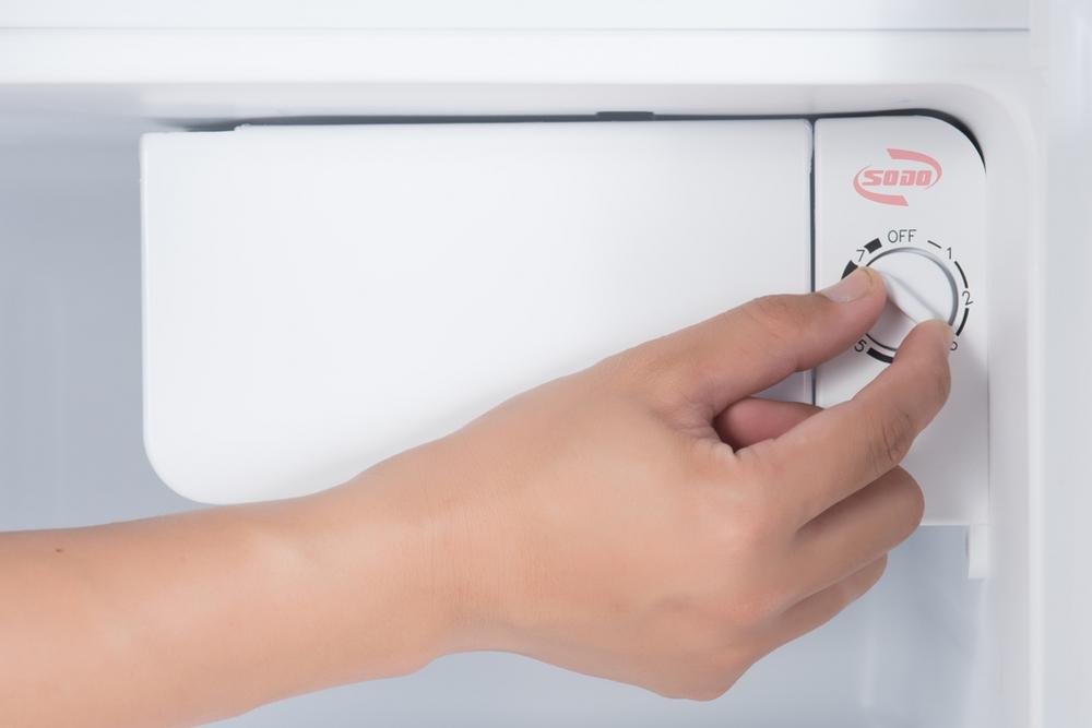 Sửa tủ lạnh không đóng đá