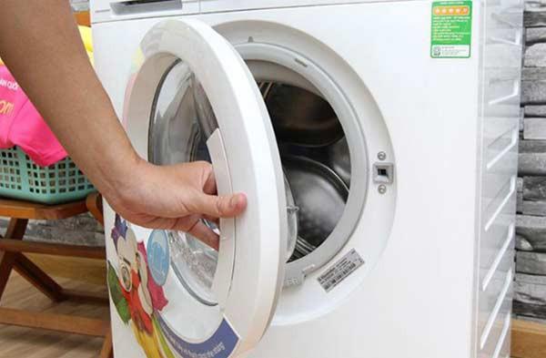 máy giặt mất nguồn